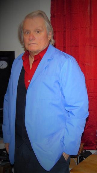 DR. CHUCK KENNEDY