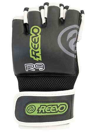 Reevo Glove by Dystil Industrial Product Design
