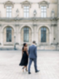 paris-engagement-session-louvre.jpg