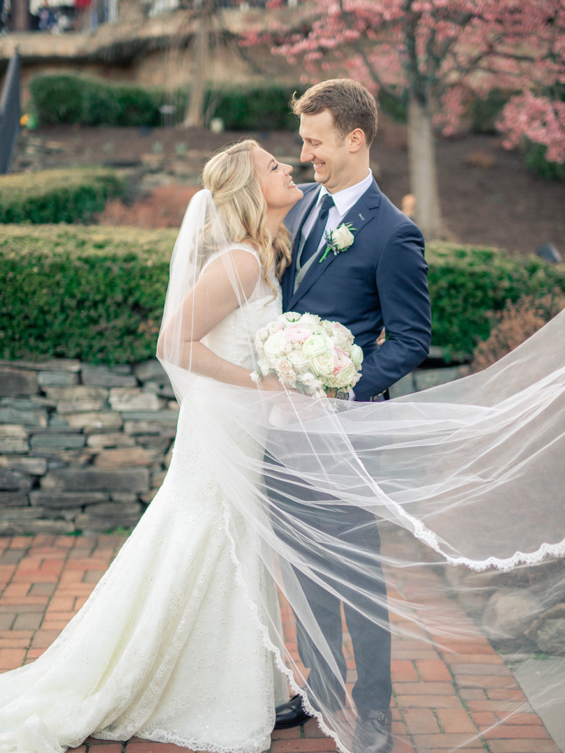 new-jersey-wedding-bride-and-groom-park-