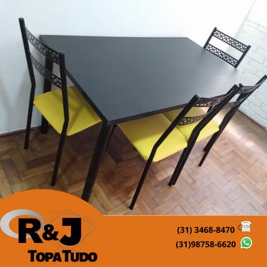 Mesa em Mogno R$480