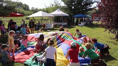 kids-parachute.jpg