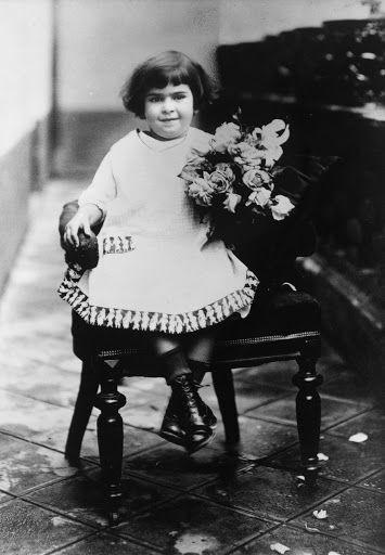 Frida Kahlo aos 4 anos, Guillermo Kahlo, 1911