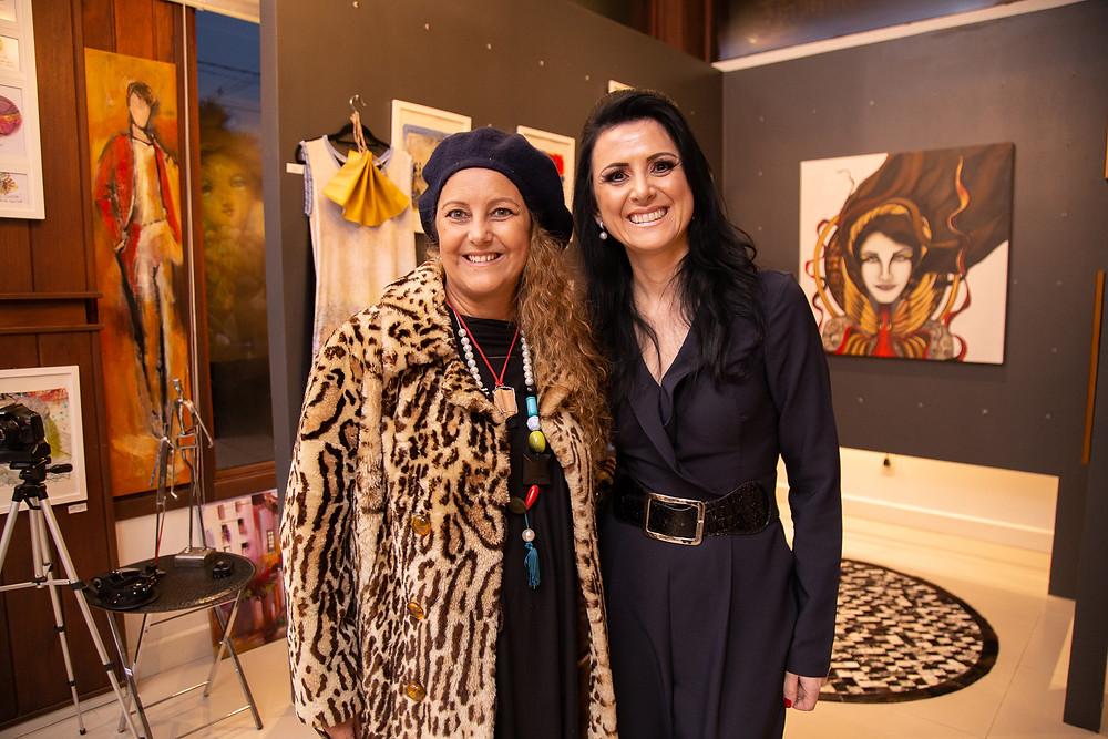 As artistas plásticas Jaque e Alessandra Pauletti, Arte12b.