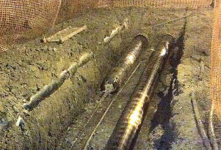 Trenchless HDPE pipe lining