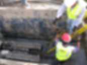Trenchless water main replacement