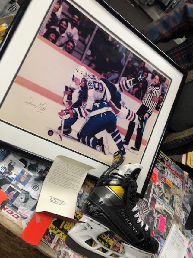 NHL Signatures