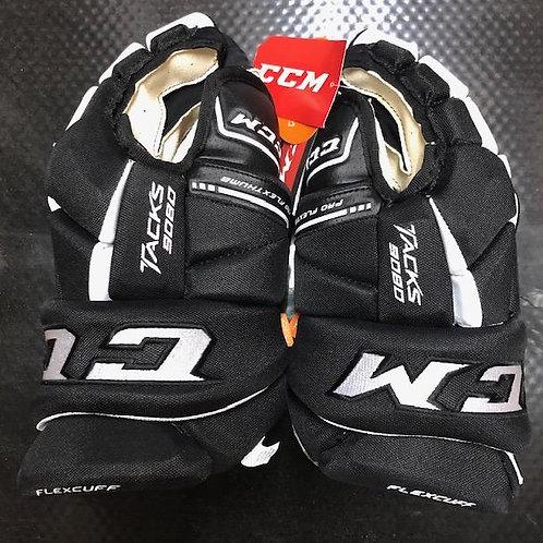 CCM 9080 gloves