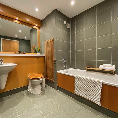 Bathroom - After Image