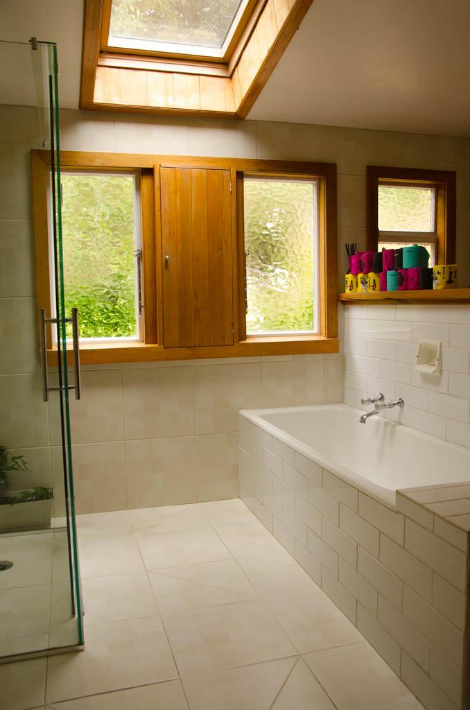 Open plan bathroom.