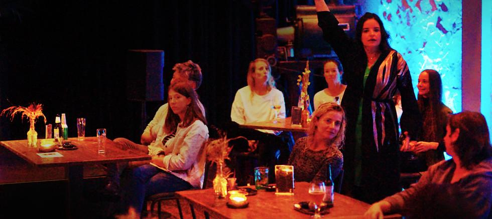 12.2020-10-10_Camie.interview t.het.Publi.      Picture captured by Hauw Kwee