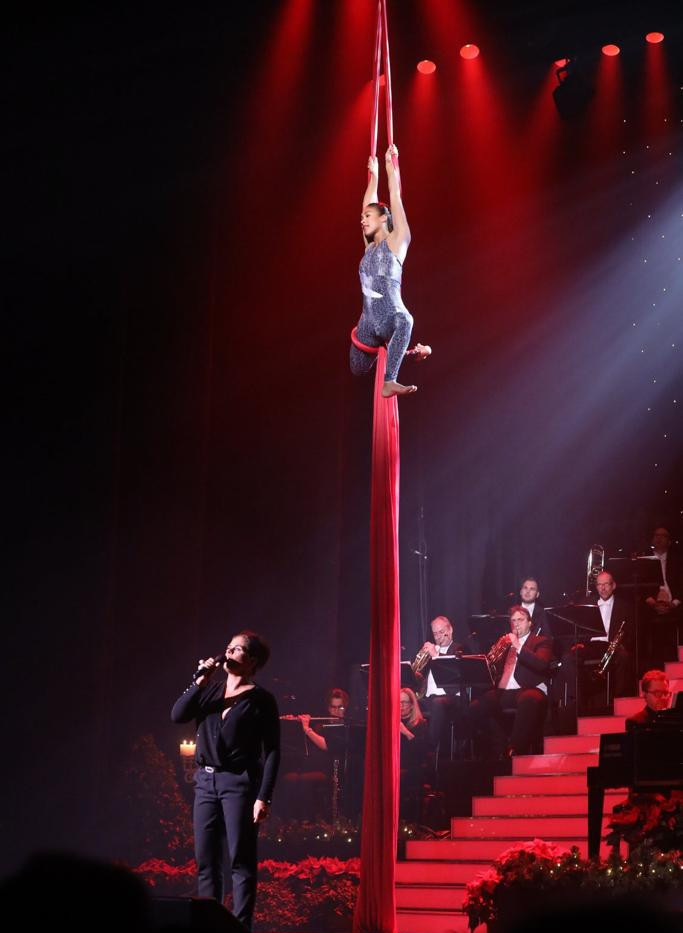Aerialette Suzanne Solo Christmassconcer