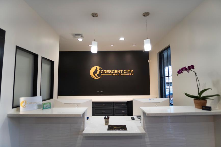 dr-lim-cresent-city-oral-surgery-sign-sm