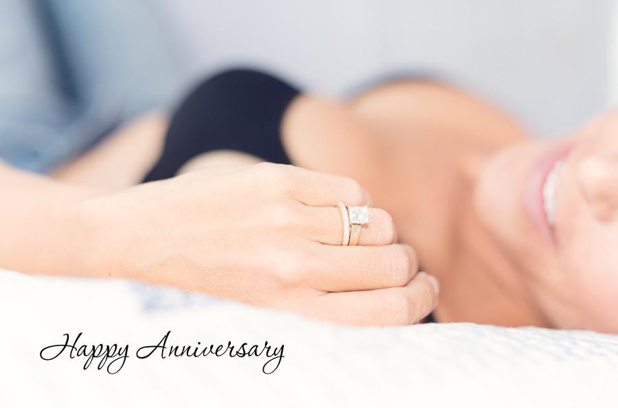 boudoir photography as an anniversary gift