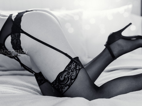30 Classy Boudoir Photography Ideas For An Amazing Photo Shoot