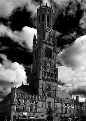 Bruges bell tower 2.jpg