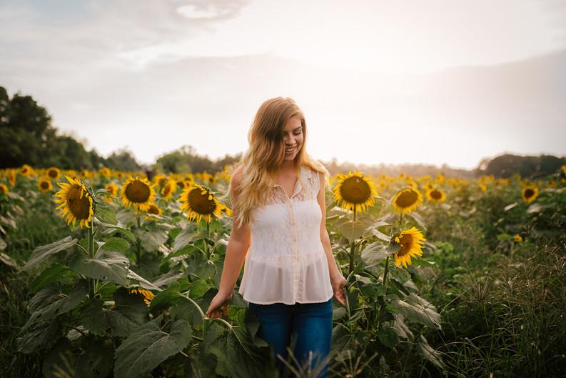 CWP - J Lutz Sunflower-7.jpg