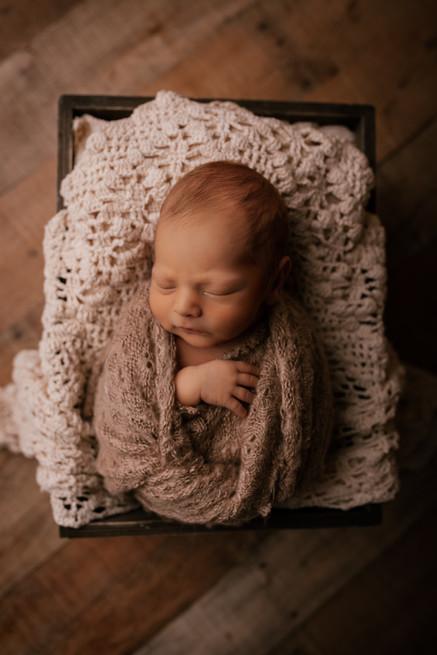 CWP - D Chism Newborn-13.jpg