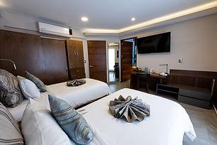 Suite Twin.JPG