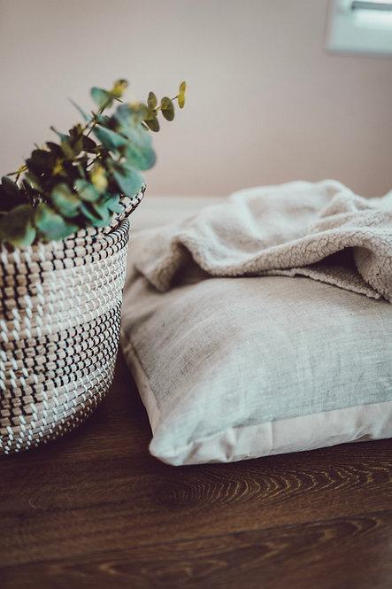 Skye | Natural Linen Handcrafted Dog Bed