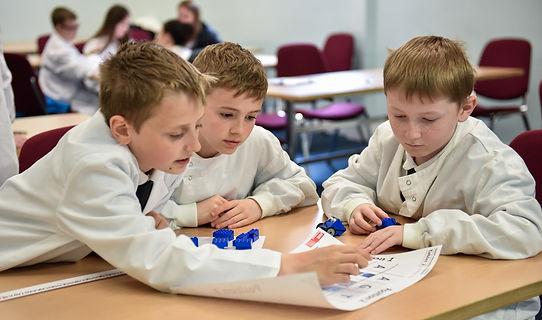 Schoolchildren decoding DNA, Aberdeen May Festival Schools Programme