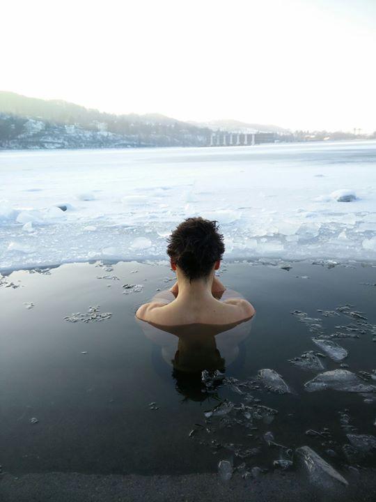 Eisbaden bei Dresden Wim Hof Methode