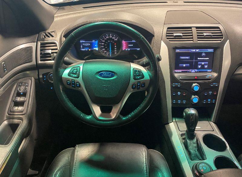 Ford Explorer XLT AWD 7 Passagers