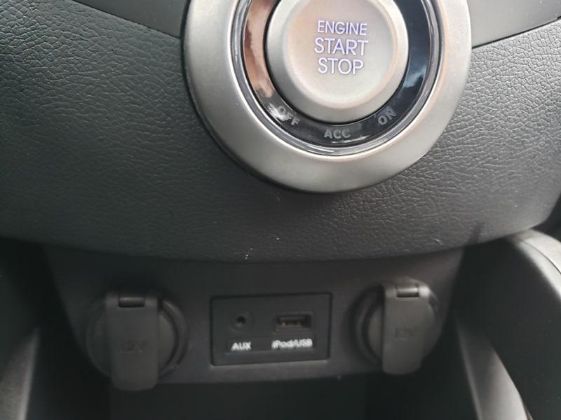 Hyundai Veloster 2012 manuel avec seulement 82 000 km. Prix: 8995$