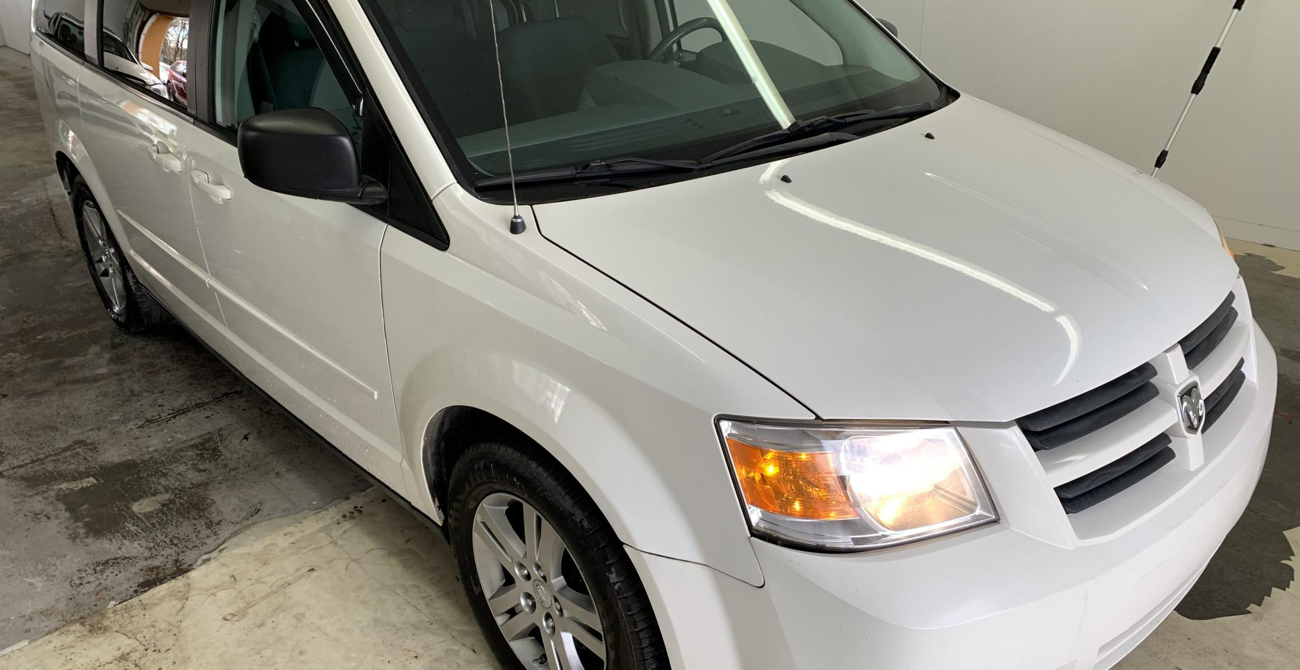 À venir! Dodge Grand Caravan SE 2010, 7 passagers *stow and go*