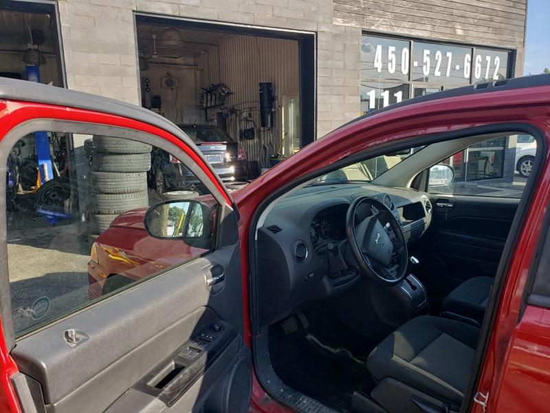 Jeep Compass Sport 2009 4X4 avec 173 000km, toit ouvrants, 4995$
