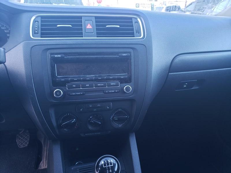 Volkswagen Jetta 2.0L 2014