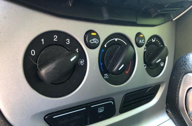 Ford Focus SE 2.0L 2014