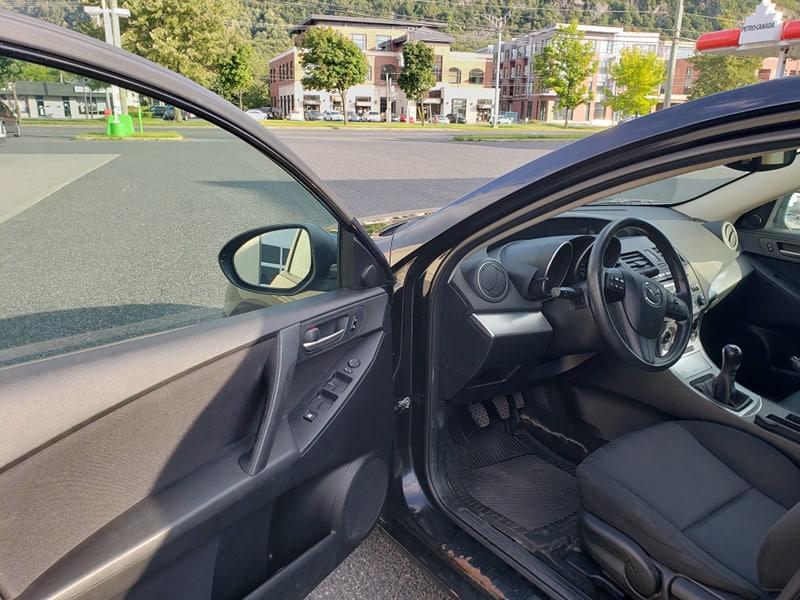 Mazda 3 2010 manuelle, ac , Bluetooth, Prix: 3995$