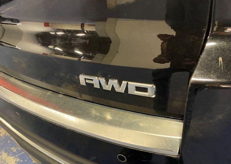 GMC Arcadia V6 3.6L SLE AWD 2016