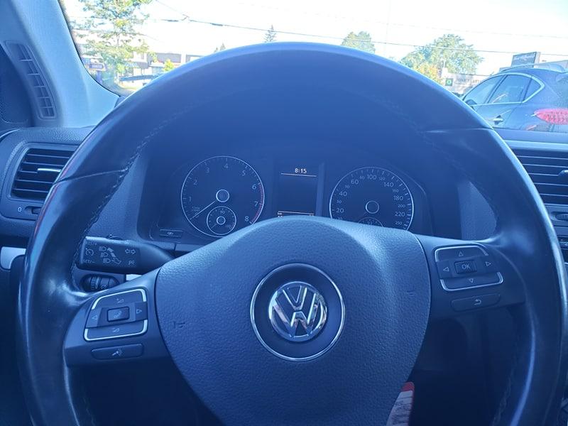 Volkswagen Jetta Wolfsburg 2.0L Turbo 2010 automatique