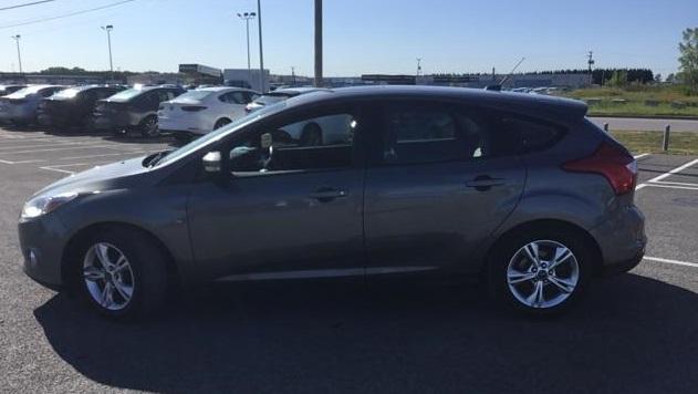 Ford Focus SE Hatchback 2012 manuelle