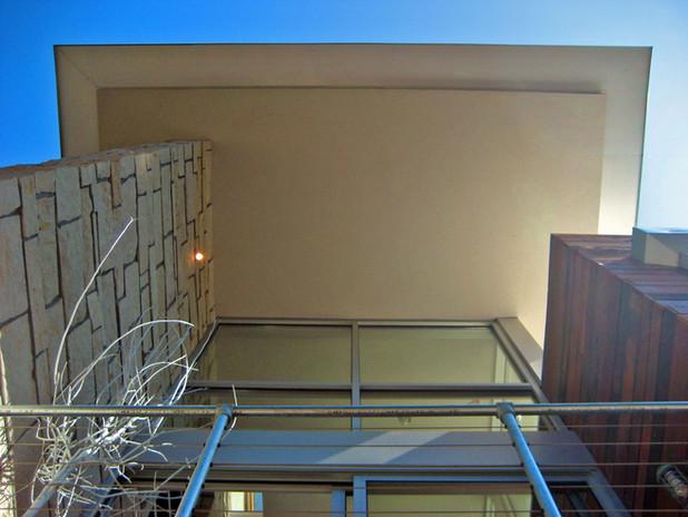 overhang.jpg