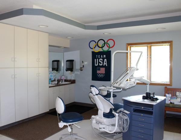Lovlien Dental 31.JPG