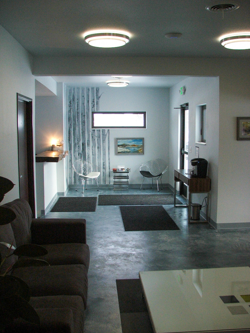 2023 6th Street Interior 3.jpg