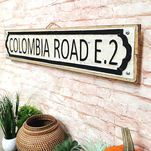 Colombia Road Sign