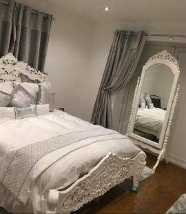 Rococo blanc and Cheval Mirror