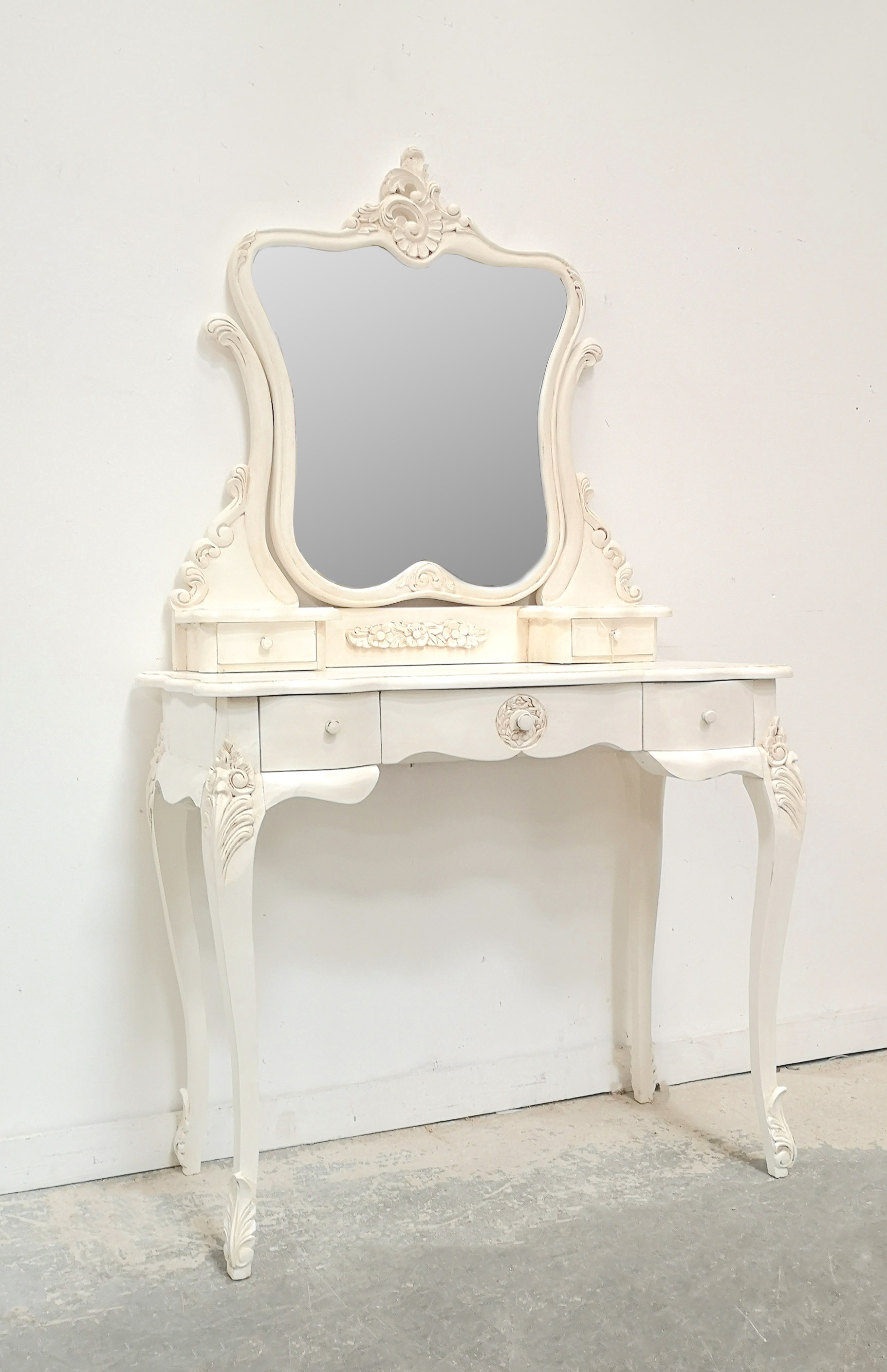 Parisian Dressing Table French White French Bedrooms