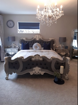 Renaissance French Grey and White Accent