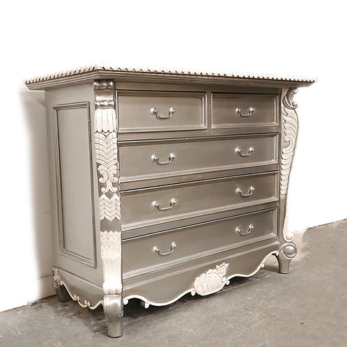 Bombay Chest Lune with White Accents