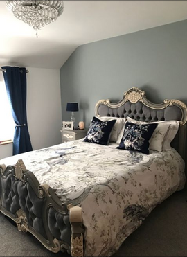 Palais bed French Grey with White Accents