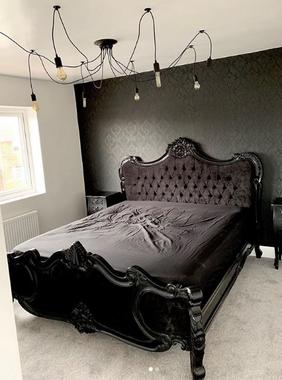 Palais bed Noir