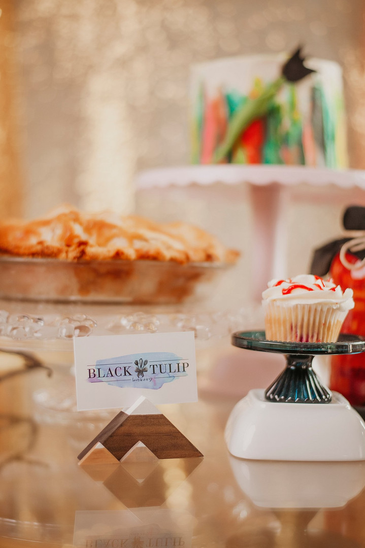 black tulip bakery bekah scout photograp