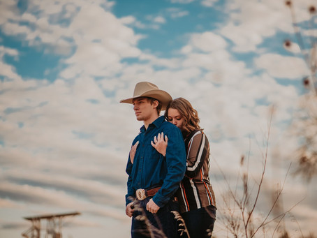 Brodee + James | Western November Engagement Session