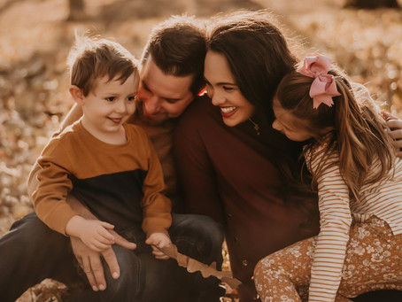 McCurry | Family Maternity Session