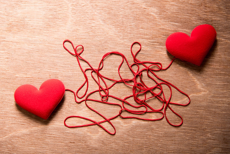 two red heart and complex red string con